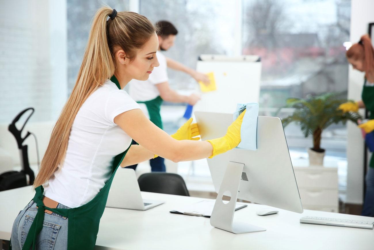 Sprzątanie biur i firm